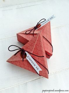 … are getting more and more popular and with my new Triangle punch, they also go … - DIY Origami Boyfriend Gift Basket, Gifts For Your Boyfriend, Boyfriend Ideas, Origami Butterfly, Origami Art, Birthday Surprise Boyfriend, Birthday Surprises, Pretty Box, Origami Tutorial