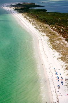 11 inspirational images of Florida - pic is of Caladesi Island Beach - look at that clear water! Barbados Beaches, Barbados Travel, Florida Travel, Florida Beaches, Florida Usa, Beach Travel, Florida Style, West Florida, Usa Travel