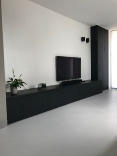 Living Room Wall Units, Living Room Tv Unit Designs, Living Room Sofa Design, Home Room Design, Classic Living Room, Elegant Living Room, Living Room Grey, Living Room Decor, Paint Colors For Living Room