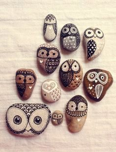 painted #owl stones - okay, more of a craft idea for mommy. So cute!