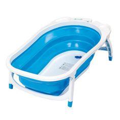 Pratique, cette baignoire se plie à plat et se range partout. Sa matière est douce et conserve la chaleur de l'eau. Elle possède un bouchon de vidange qui change de couleur si l'eau du bain est trop chaude, 2 encoches pour les produits de toilette et 1 crochet pour facilement la fixer au mur pour la ranger. Elle est très sécurisante avec ses pieds anti-dérapants. Cette baignoire insolite est idéale pour les petits espaces ou les voyages. 50 e