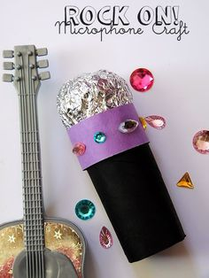Rock on! with this sparkly DIY Microphone Craft: Rock on! with this sparkly DIY Microphone Craft