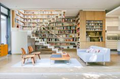Living Rooms for Book Lovers https://link.crwd.fr/2NSw