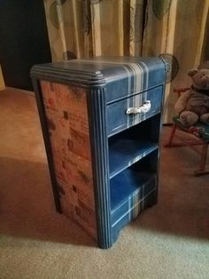 I found this little waterfall nightstand at a year sale. All bear up with missing veneer. I sanded it down, filled with bondo ,primered and chalk paint.