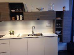 Kvik Alnabru utstilling med Veda/ Ice Wood Kitchen Cabinets, Ice, Wood, Home Decor, Decoration Home, Woodwind Instrument, Room Decor, Cabinets, Timber Wood