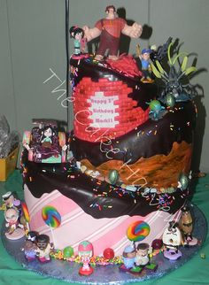 Wreck It Ralph Cake...I don't care that this was for a 3 year old.  I want that cake.  AMAZING!!!