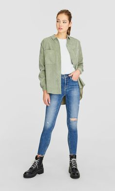 Ripped high waist jeans in Stradivarius for only € available for a limited time. null for women always on trend, come in and find out now! Dr. Martens, High Waist Jeans, Bomber Jacket, Normcore, Denim, Jackets, Outfits, Style, Fashion