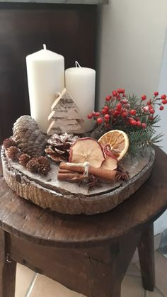 Adventszeit - New Ideas Christmas Candle, Rustic Christmas, Simple Christmas, Christmas Time, Christmas Wreaths, Christmas Ornaments, Christmas Projects, Holiday Crafts, Decoration St Valentin