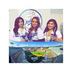 THINK BLUE: So nice seeing these girlies at the game yesterday  #Dodgers #dodgerstadium #blueandwhite #openingweek #la #ladodgers #lovethesegirls #funtimes @missdez15 @jasmine__trs by jenbunny1992