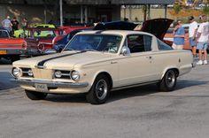 1964 Plymouth Barracuda More Mehr Plymouth Valiant, Plymouth Barracuda, Plymouth Cars, Car Brochure, Dodge Chrysler, Pony Car, Performance Cars, Hot Cars, Mopar