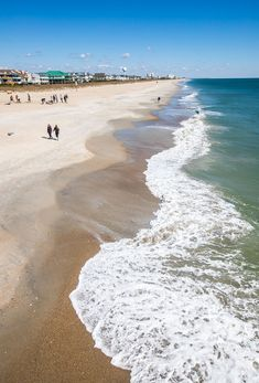 Planning an East Coast road trip just got easier with this guide on places to visit on the East Coast between North Carolina and Florida. Check this out before your next road trips and vacations on the East Coast USA. #roadtrip #roadtrips #USAtravel #NorthCarolina #Georgia #Florida #SouthCarolina