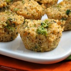 Broccoli Cheddar Quinoa Bites | alidaskitchen.com #recipes #glutenfree #WeekdaySupper