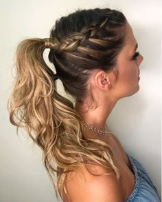 No matter the season, cute ponytail hairstyles are always in order as although m. - No matter the season, cute ponytail hairstyles are always in order as although many tend to associa - Cute Ponytail Hairstyles, Easy Hairstyles For Long Hair, Winter Hairstyles, Braids For Long Hair, Hairstyles For School, Trendy Hairstyles, Braided Hairstyles, Hairstyle Ideas, Ponytail With Braid