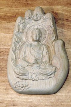 Superbe Gravure 3D d'un Boudha dans une main. Gravure, Lion Sculpture, Creations, Statue, 3d, Objects, Hands, Sculptures, Sculpture