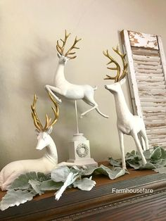 Christmas Moose, Christmas Tree Themes, Pink Christmas, French Country Christmas, Rustic Christmas, Deer Statues, Reindeer Decorations, Reno, Holiday Tables