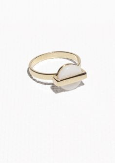 & Other Stories   Petite Medallion Ring