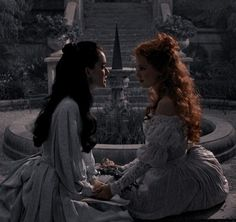 Queen Aesthetic, Princess Aesthetic, Book Aesthetic, Character Aesthetic, Aesthetic Photo, Aesthetic Pictures, Sadie Frost, Bram Stoker's Dracula, Dracula Movie 1992