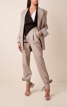 Tie-Detailed Pleated Leather Trousers by Proenza Schouler Leather Blazer, Leather Trousers, Pantalon Slouchy, Baggy Pants, Templer, Spring Trends, Proenza Schouler, Dandy, White Pants