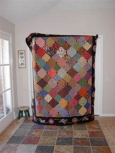 Love quilts, whish I was more crafty! Beautiful!