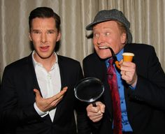 possibly the greatest thing I've seen all my life =D Conan cosplaying Sherlock for Benedict Cumberbatch Sherlock Bbc, Watch Sherlock, Benedict Cumberbatch, Sherlock Cumberbatch, Martin Freeman, Conan O Brien, Benedict And Martin, 221b Baker Street, John Watson