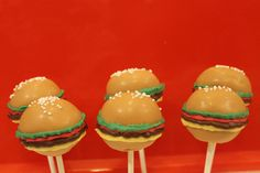 Hamburger cake pops.. fun for a bbq party.