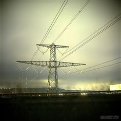 Pylon photo by Andy Martin