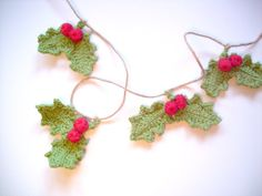 Christmas Crochet Holly Garland Bunting Red by IsobellesPantry