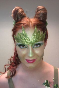 poison ivy inspired makeup
