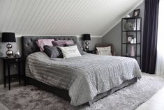 # Bedroom # Bedroom inspiration # Bedroom inspiration – # blackEyeliner # Bedroom # Bedroom inspiration - 2 Source by Attic Bedrooms, Master Bedroom, Bedroom Decor, Small Bedrooms, Bungalow Bedroom, My New Room, Home Furniture, New Homes, Design