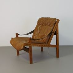 Deens design ( Danish design) Torbjörn Afdal hunter fauteuil leer 70s Outdoor Chairs, Outdoor Furniture, Outdoor Decor, Danish Design, Bench, Home Decor, Lounge Chairs, Decoration Home, Room Decor