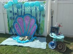 Photo booth background, under the sea theme. Cute idea for under the sea birthday party :)