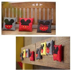 Tema Mickey: Almofadas para decoração