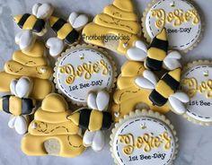 Items similar to 2 Dozen Bumble Bee Sugar Cookies on Etsy Bee Cookies, Mini Cookies, Sugar Cookies, Twin First Birthday, First Birthday Themes, Birthday Ideas, Cookie Designs, Cookie Ideas, Happy 1st Birthdays