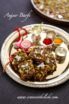Anjeer Barfi is an exotic Indian delicacy made from dried figs, mava and dried fruits. Diwali Snacks, Diwali Food, Indian Dessert Recipes, Indian Sweets, Indian Recipes, Gourmet Recipes, Vegetarian Recipes, Cooking Recipes, Homemade Rye Bread
