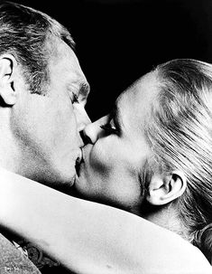 Steve McQueen and Faye Dunaway in The Thomas Crown Affair directed by Norman Jewison, Photo by Bill Ray. Faye Dunaway, Catherine Deneuve, Steve Mcqueen, Bonnie Parker, Tennessee Williams, Marlon Brando, Sean Connery, Top Photos, Pictures