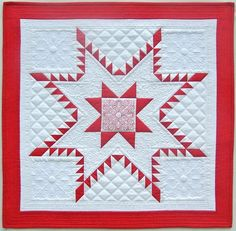 Sewing Block Qults Aurora Feathered Star Quilt FREE Tutorial compliments of Bernina - Learn to make this stunning piece with the Aurora Feathered Star quilt block tutorial. Star Quilt Blocks, Star Quilt Patterns, Star Quilts, Mini Quilts, Block Quilt, Scrappy Quilts, Quilting Tutorials, Quilting Projects, Quilting Designs