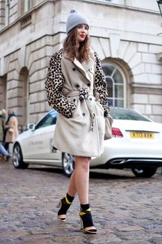 london-fashion-week-street-style-photos.sw.12.london-fashion-week-street-style-ss08
