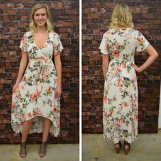 How flattering is this floral, hi-lo? - $65 #springfashion #spring #fashionista #shoplocal #aldm #apricotlaneboutique #apricotlanedesmoines #shopaldm #desmoines #valleywestmall #fashion #apricotlane #newarrival #shopalb #ootd #westdesmoines #shopapricotlaneboutiquedesmoines #ontrend