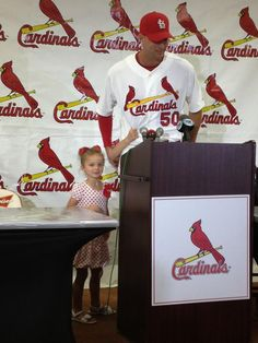Waino getting hugs from his daughters at his presser announcing the extension. Adorable!!