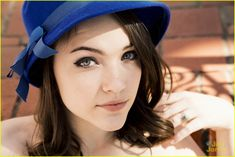 Get to Know 'The Flash' Actress Violett Beane With These 10 Fun Facts!: Photo #932809. Girl Celebrities, Beautiful Celebrities, Celebs, Beautiful Women, Violett Beane, Lady Sybil, Celebrity Updates, Celebrity Wallpapers, Belle