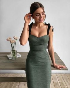 Image in Fashion👗👛👠 collection by Gayane on We Heart It Mode Outfits, Dress Outfits, Casual Dresses, Fashion Dresses, Dress Up, Bodycon Dress, Formal Dresses, Classy Outfits, Stylish Outfits