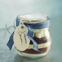 CLASSIC COCOA IN A JAR - prepacked to save space 1 Cup Granulated Sugar 1 Cup unsweetened Cocoa Powder 1 Cup Powdered Milk Teaspoon Salt Cup Miniature Chocolate Chips Cup Miniature Marshmallows Mason Jars, Mason Jar Gifts, Hostess Gifts, Holiday Gifts, Christmas Gifts, Christmas Decor, Christmas Ornaments, Cocoa Recipes, Wine Recipes