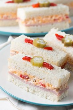 Tarragon Prawn Tea Sandwiches _ Go gourmet with these dainty squares filled with creamy herbed prawns! Mini Sandwiches, Finger Sandwiches, English Tea Sandwiches, Shrimp Sandwich, Pizza Hamburger, Tapas, High Tea Food, Brunch, Gastronomia