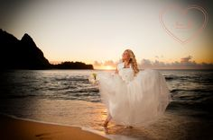 Creative Photography, Photography Ideas, Tulle, Bride, Sunset, Beach, Image, Fashion, Sunsets