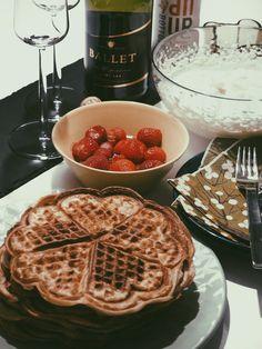 Sami-Petteri Asikainen, waffle, pancake Waffles, Pancakes, Drinks, Breakfast, Food, Healthy, Drinking, Morning Coffee, Beverages