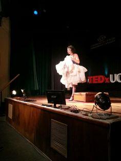 """""""Empecé a verme vulnerable, totalmente yo. Yo como el principio de algo que se puede poner en marcha"""" #MyriamHenneAdda #TEDxUCES"""