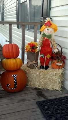 Owl Pumpkin. I am so doing this!! This site offers...