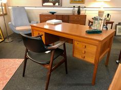 "TEEGEEBEE midcentury's Instagram photo: ""💥desk has sold💥chair has sold💥 Need a #midcenturymodern home office upgrade? How about this #Danishmodern #teak executive bookcase desk by…"""