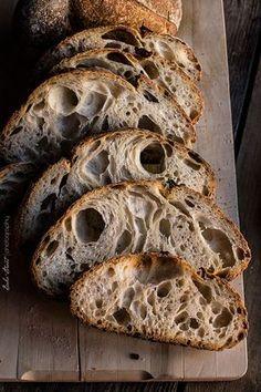 Pan de dos trigos - Two-wheat bread Bread Bun, Pan Bread, Bread Baking, Best Bread Recipe, Bread Recipes, Pain Au Levain, Food Crush, Sourdough Bread, Artisan Bread