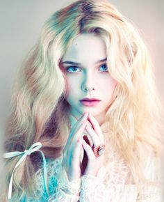 Image about model in elle fanning by Applebed Elle Fanning, Pretty People, Beautiful People, Sublime Creature, Foto Art, Drawing People, Pretty Face, Woman Face, Character Inspiration